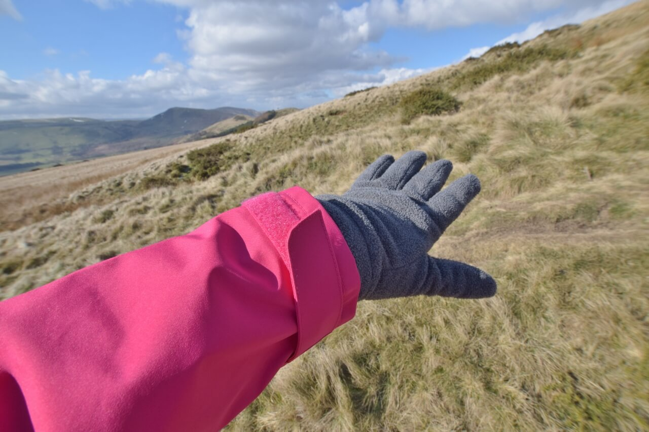Berghaus Paclite jacket review - velcro sleeves - Velcro adjustable sleeves on the jacket