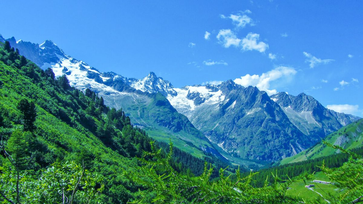 Best hikes in Europe - Tour du Mont Blanc hike Europe