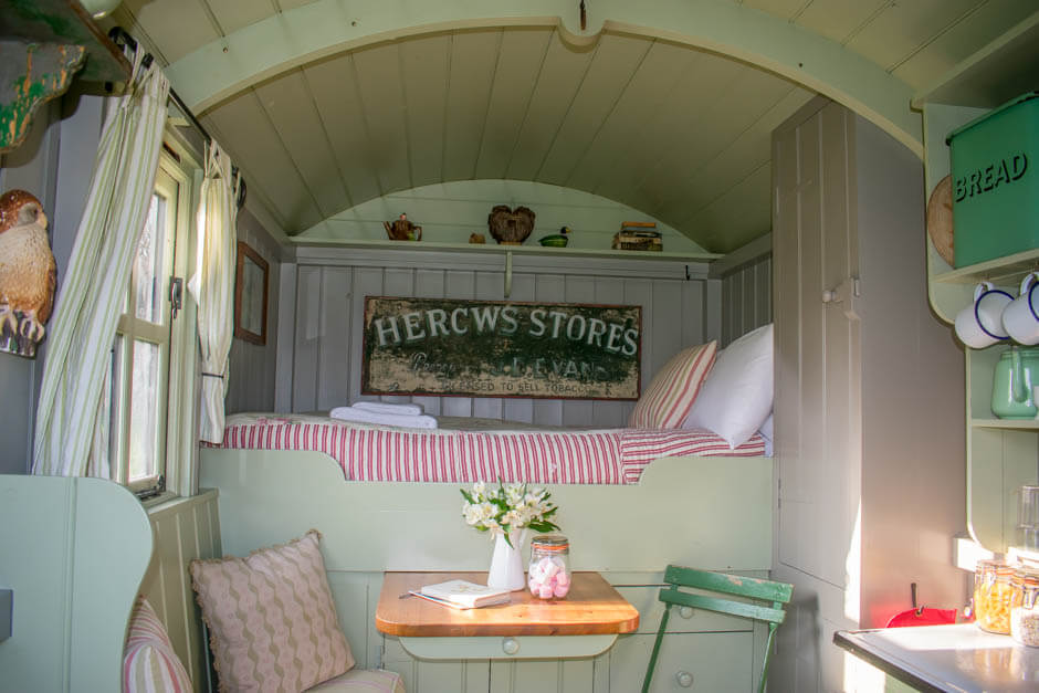 Best Glamping Places in UK - Wriggly