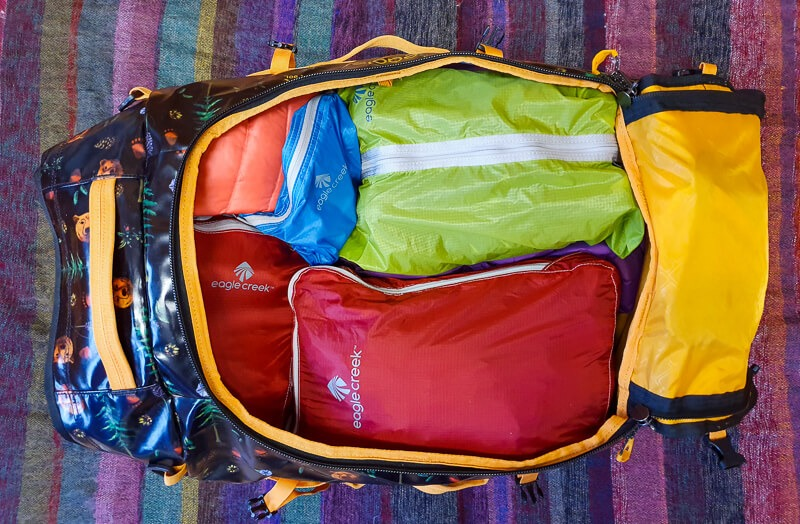 Eagle Creek Duffel Bag with Pack-It Cubes