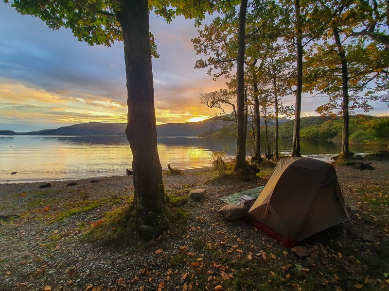 Camping on West Highland Way next to Loch Lomond