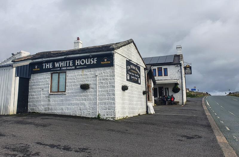 White House Pub